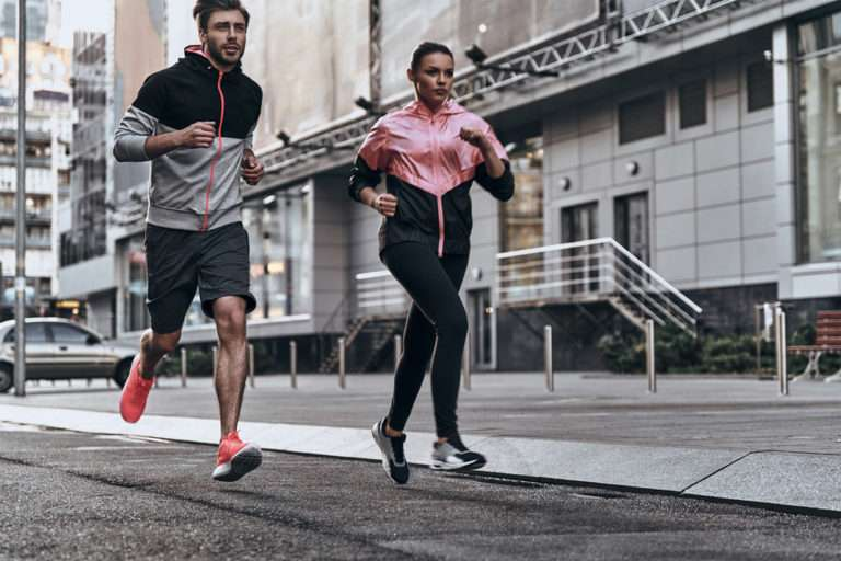 fitness-couple-jogging